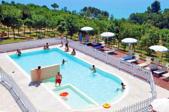 Super Kindvriendelijk Appartement : Marche kindvriendelijk vakantiepark aan kust bij strand